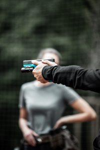 Schießkurs Tirol Trainer außerdem Waffe
